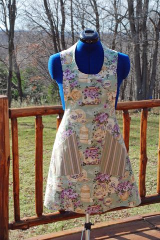 Tea time Apron