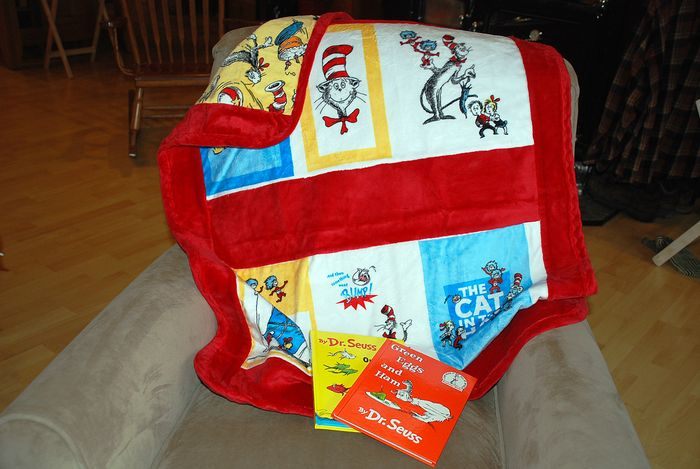 Dr seuss blanket