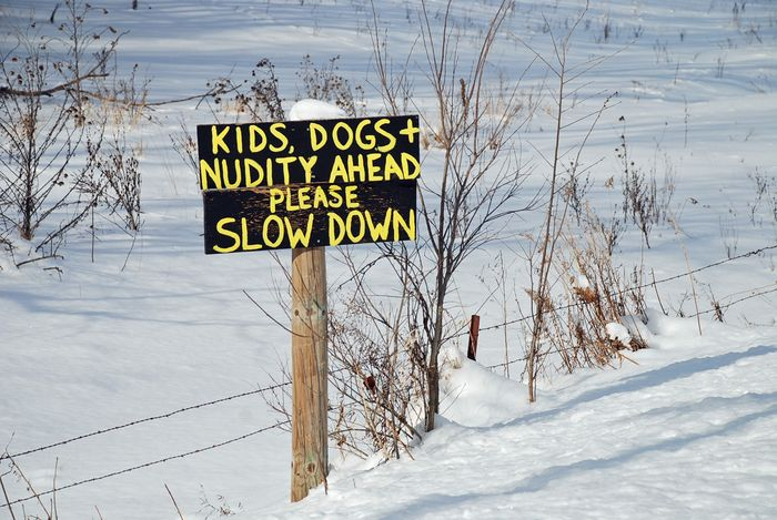 Nudity sign