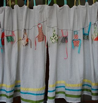 Apron curtain