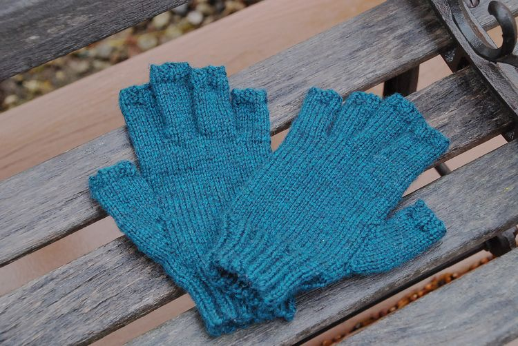 Carols mitts