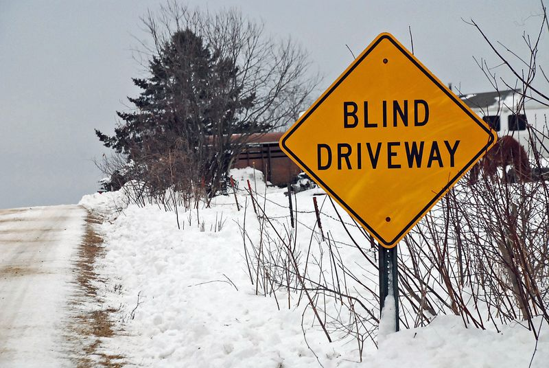 Blind driveway